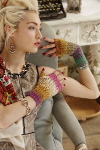 Cute fingerless gloves.